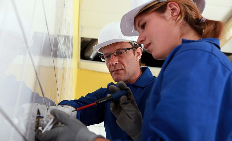 What are the keys to a good apprenticeship program?